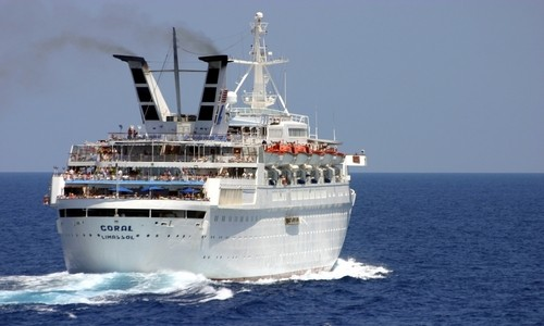 Coral de Louis Cruises