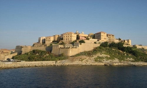 Recorra el maravilloso Mediterráneo durante 4 días
