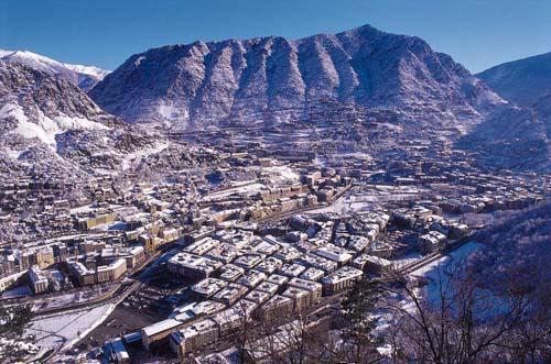 Andorra la Vieja (Andorra la Vella)