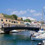 Viajes baratos a Ciutadella de Menorca. Playas, destinos y ofertas en Las Baleares