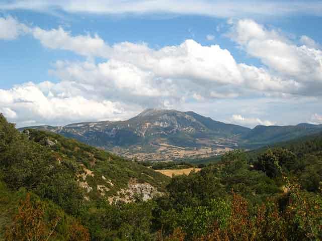 Ecoturismo en Burgos: Montes Obarenes – San Zadornil