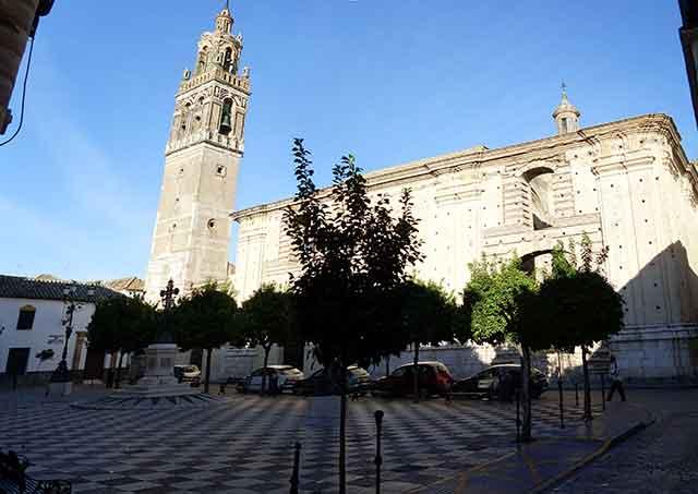 Fin de semana en Sevilla provincia: Viajes a Écija, la Ciudad del Sol