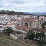 Aracena | Gruta de las Maravillas, atractivos locales y alojamientos rurales