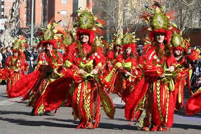 Escaparse a los Carnavales de Badajoz | Febrero