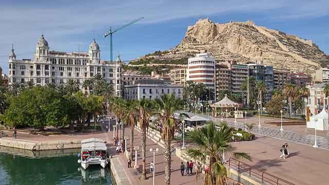 Comunidad Valenciana | Hoteles, parques temáticos y gastronomía para tu finde