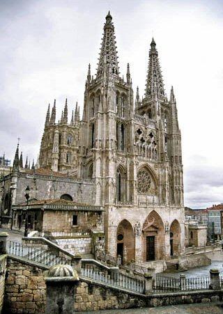 Burgos: Fin de semana romántico y cultural en Castilla y León