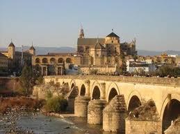 Córdoba, Semana Santa. Patios y recuerdos del pasado andalusí