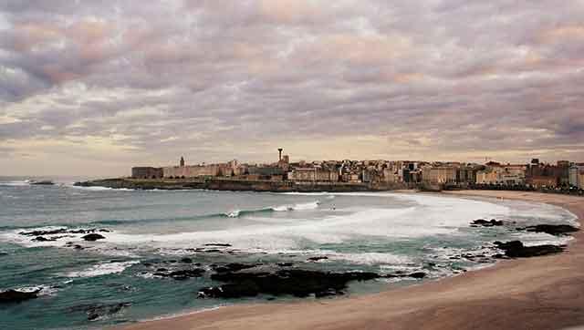 La mágica Noche de San Juan en A Coruña. Galicia