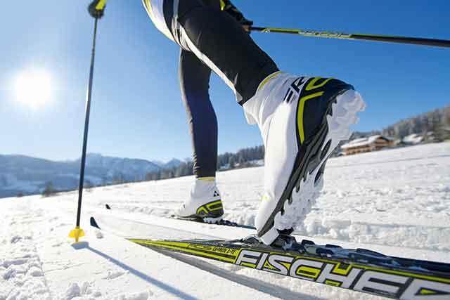 Esquiar en San Valentín – Paquetes de esquí + fin de semana romántico y económico