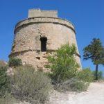 De monumentos y edificios en Ibiza en abril