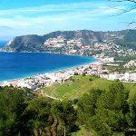 Verano en la Costa Tropical de Granada: Playas, deportes, relax y mucho más