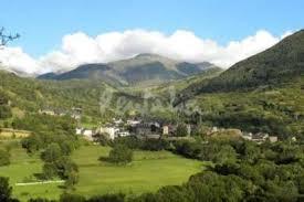 Lleida. Valle del Boi. Pueblos tradicionales y parajes naturales
