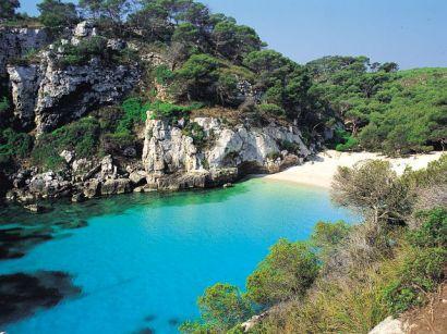 Escapadas por Menorca: Atractivos y alojamientos interesantes