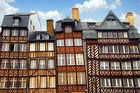 Castillos y Villas medievales de Bretaña. Francia